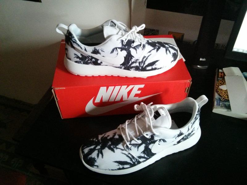 86a299113677 ... Nike Roshe Palm Trees  Palm Tree White Nike Roshe Men Run Running Shoes  2014  Womens Nike Roshe Run Print ...
