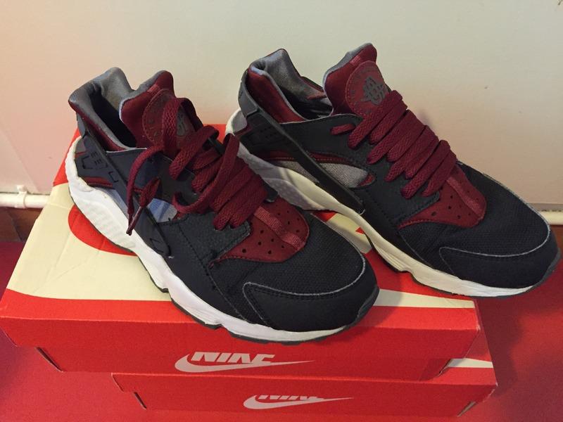 Nike Huarache Noir Bordeaux