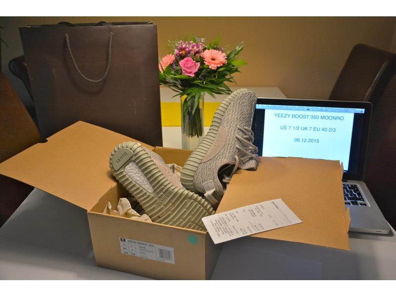 Adidas Yeezy Größe 40