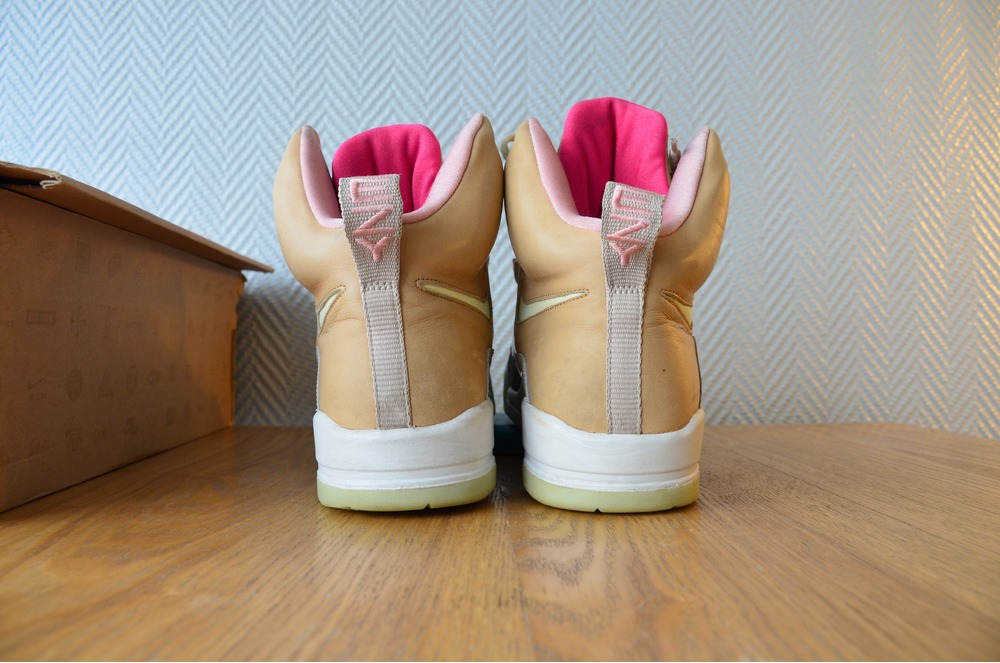Nike Air Yeezy 1 Tan (#266233) from Twinsneakers at KLEKT