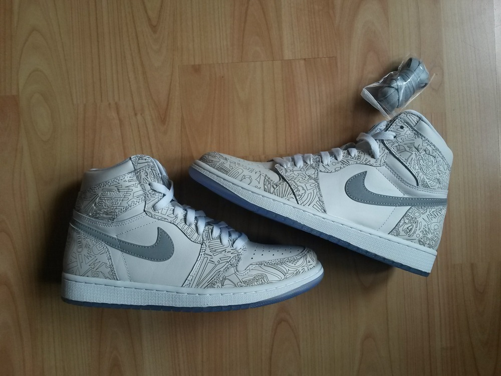 uk availability 56549 11282 Nike Air Jordan 1 Retro High OG Laser (43) - photo 2 6