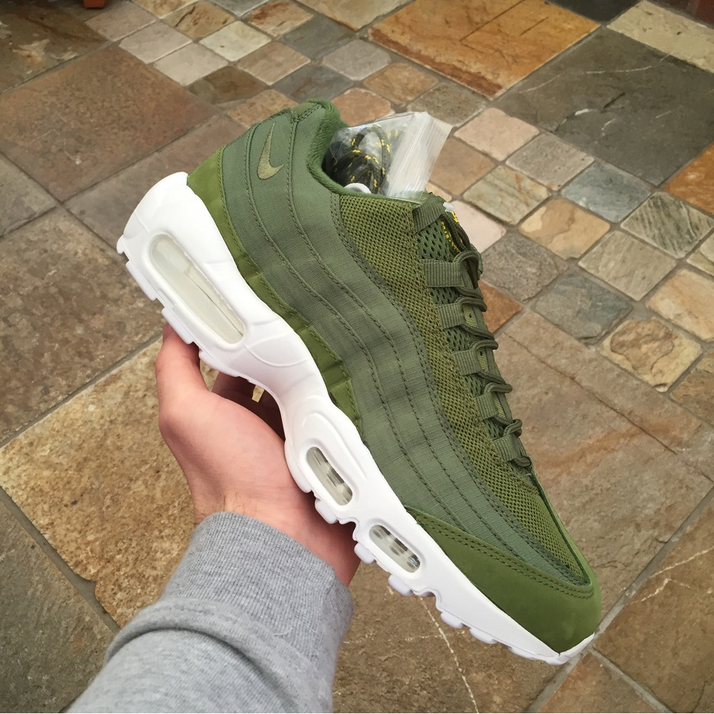 a9cad24420 Buy nike air max 95 mens olive > up to 75% Discounts