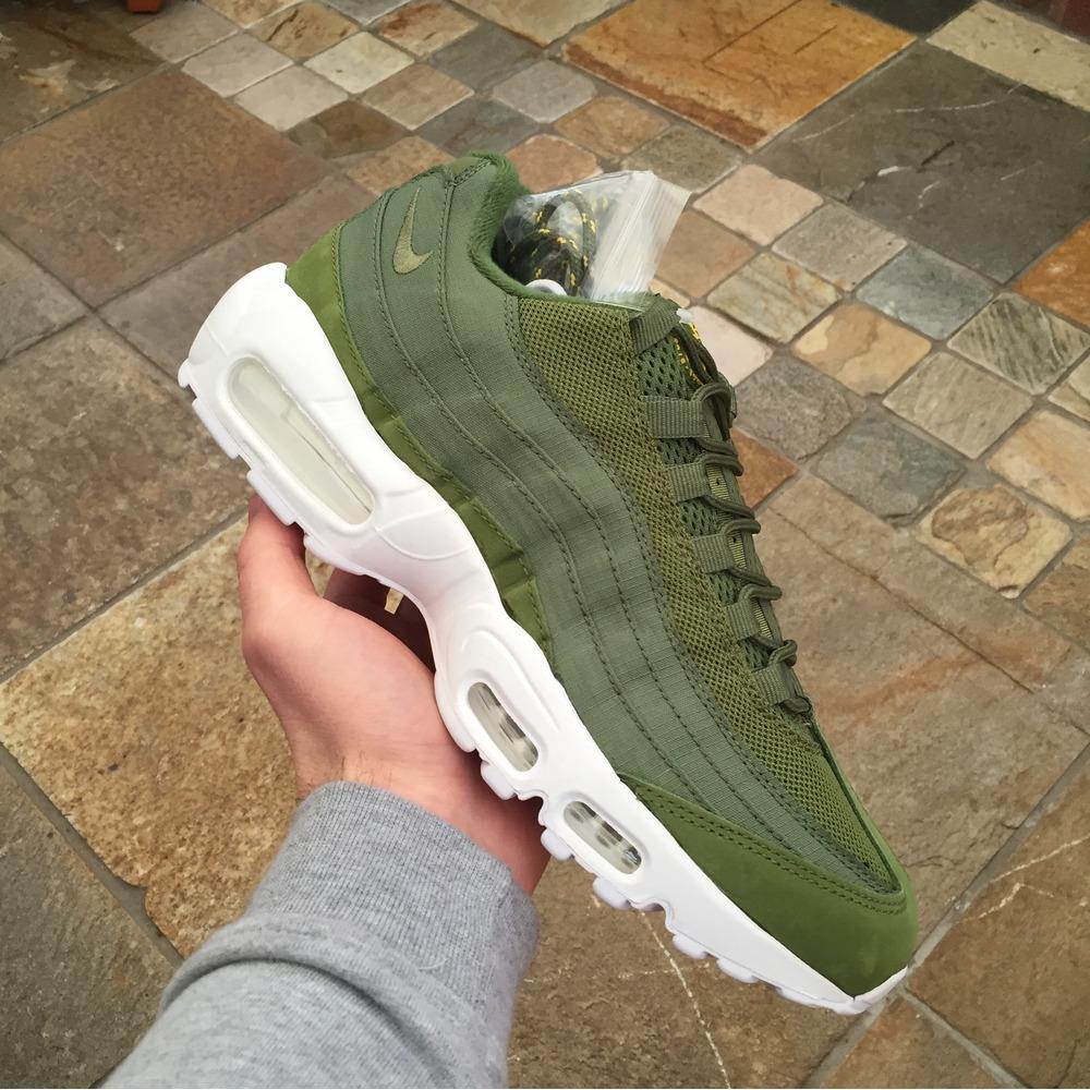 olive green 95 air max