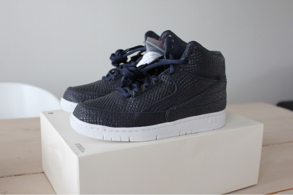 a82e91128c89 ... Nike Air Python SP LUX DS QS US 6 38.5 Snakeskin Obsidian blue leather  3m .