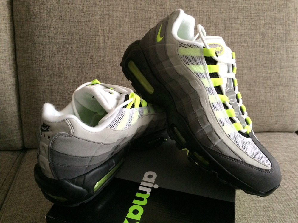 new style a0399 e895f air max 95 black and neon green