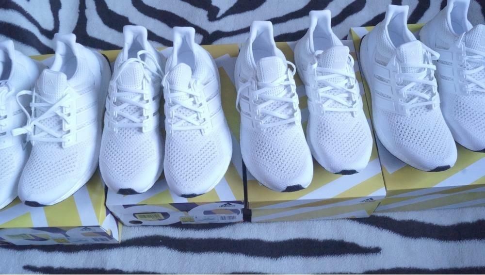 adidas ultra boost triple white 2 0 on feet. Black Bedroom Furniture Sets. Home Design Ideas