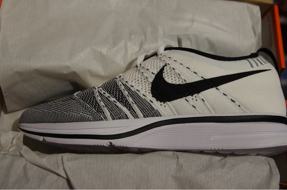 ffdb42e7459a ... official store standout sneakers ds new authentic nike flyknit trainer  yeezy kanye white black 11.5 532984