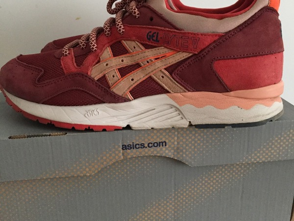 "Asics GEL Lyte V x Ronnie Fieg ""Volcano"" - photo 1/3"