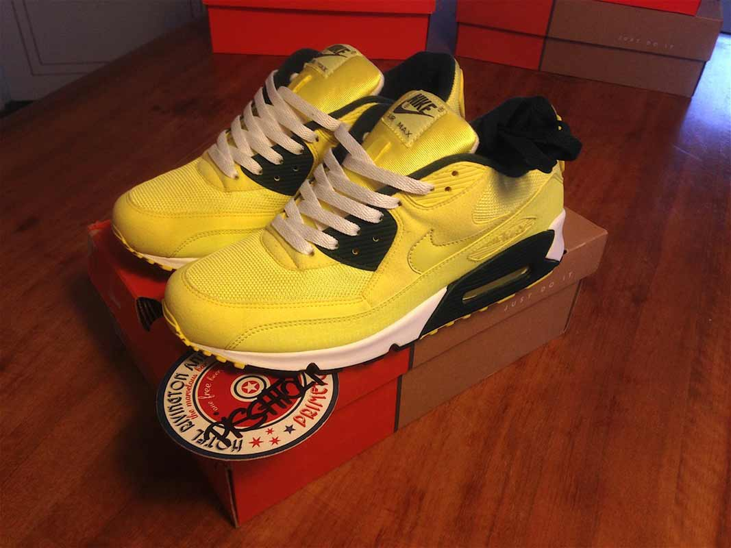 official photos 39e20 e39b2 Nike Air Max 90 Powerwall Lemonade