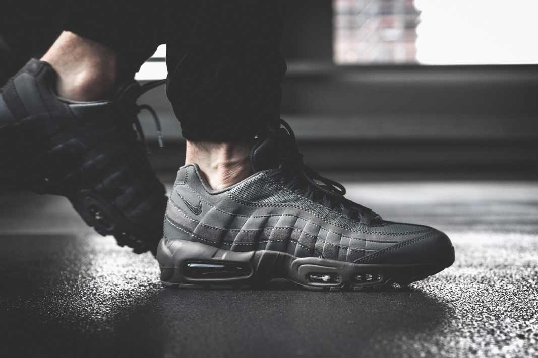 Nike Air Max 95 Essential  Cool Grey  - Where To Buy 5cd650dc7c
