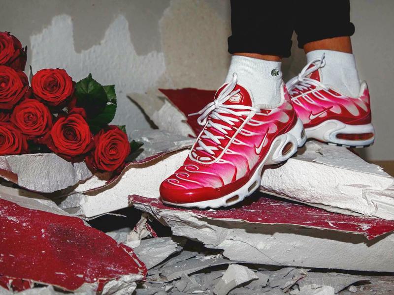 half off f06c4 19df3 Nike Air Max Plus TN  Valentines Day