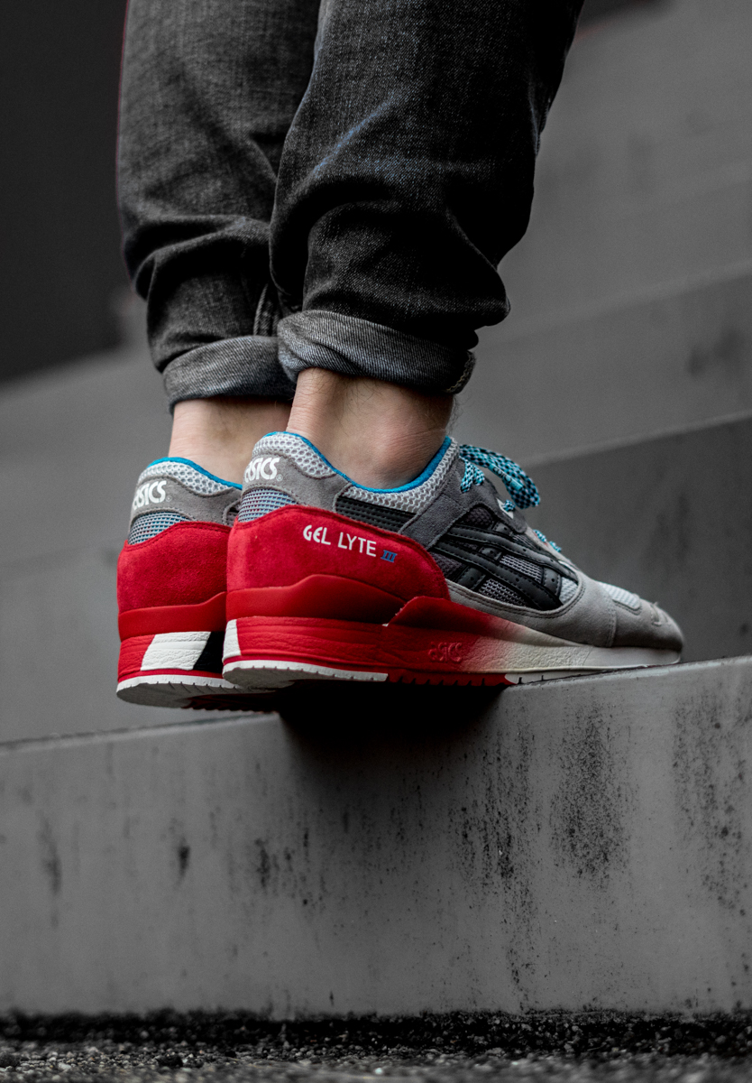 "Slam Jam x Asics Gel Lyte III ""5th Dimension"""